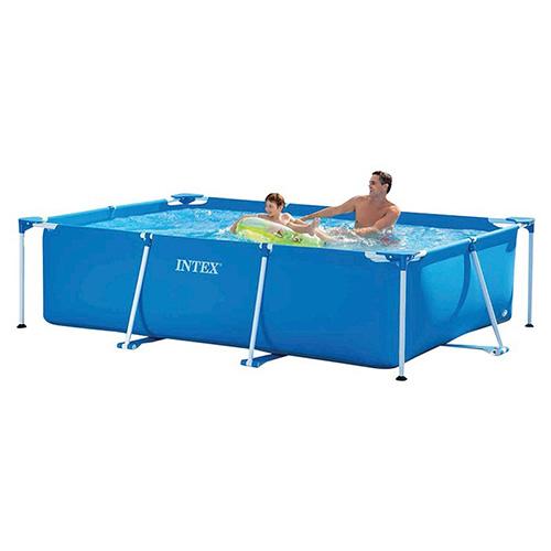 حوض سباحة مُستطيل لمن هم بعمر السادسة